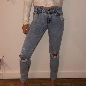 Ripped Lightwash Carmar LF Jeans